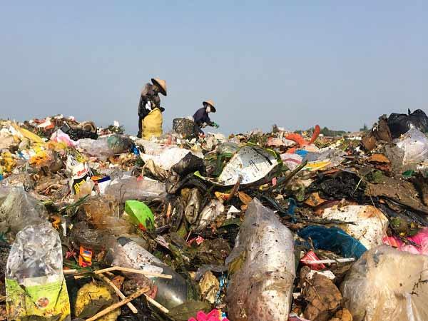 Mơ thấy rác bẩn là điềm báo gì?